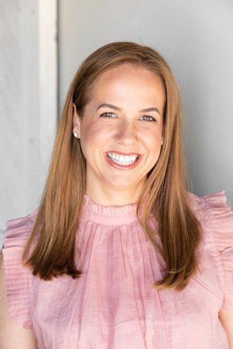 Dr. Sarah Kirsch